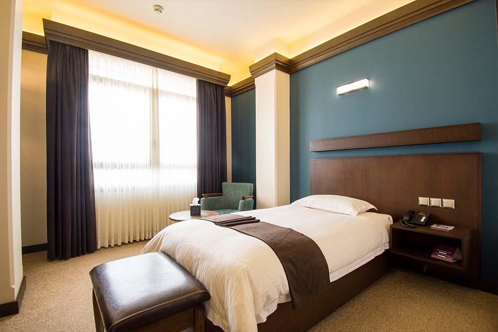 hotelisho singel 01 - انواع اتاق و سوئیت در هتل
